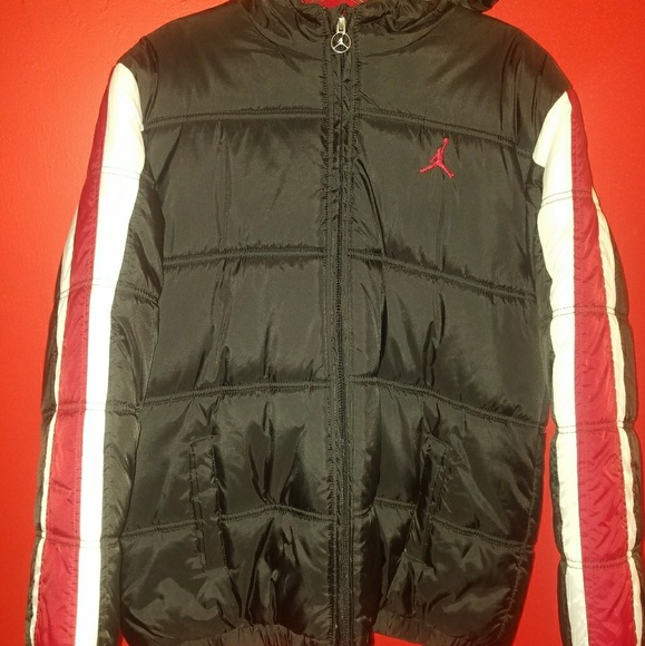 faf71dcd387c00 Jordan Other - Jordan puffer jacket never warn Brand New